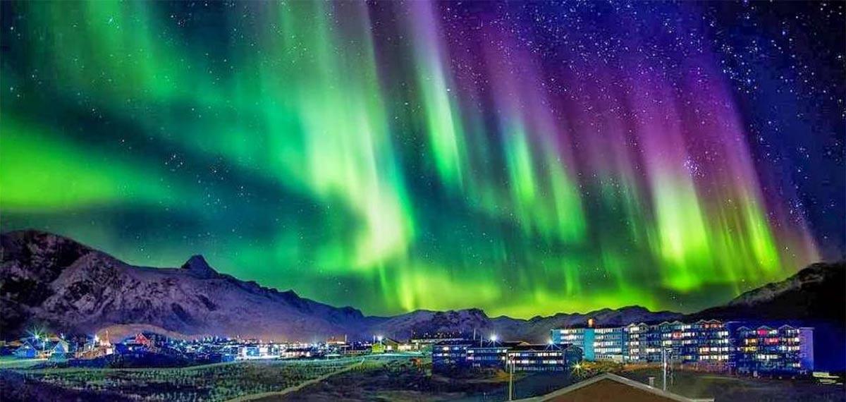 Северное сияние в Гренландии.