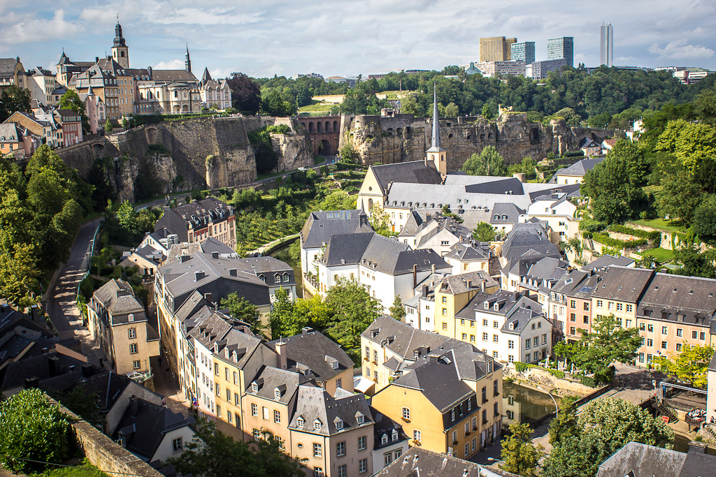 an overview of the country of luxemburg On 2 august 2016, the luxembourg parliament issued a draft tax law introducing country-by-country (cbc) reporting obligations based on the recommendations in the oecd's final reports on the base erosion and profit shifting (beps) initiative and transposing council directive (eu) 2016/881 regarding.