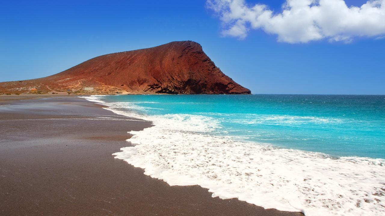 Фото на пляже в испании, На испанском пляже это делать можно (фото) 7 фотография